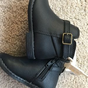 8a11fb9c7cc1c GAP Shoes - GAP baby girl leather ankle boots sz.5!NWT cute